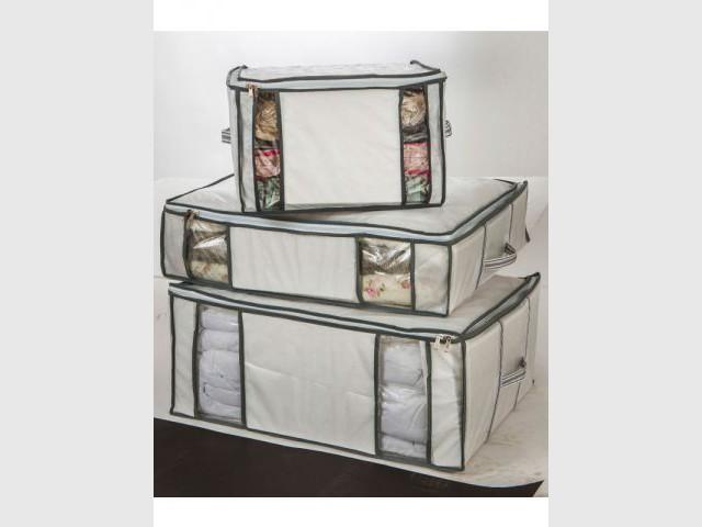 La housse sous vide pour gagner de l'espace - Les accessoires de rangement pour le déménagement
