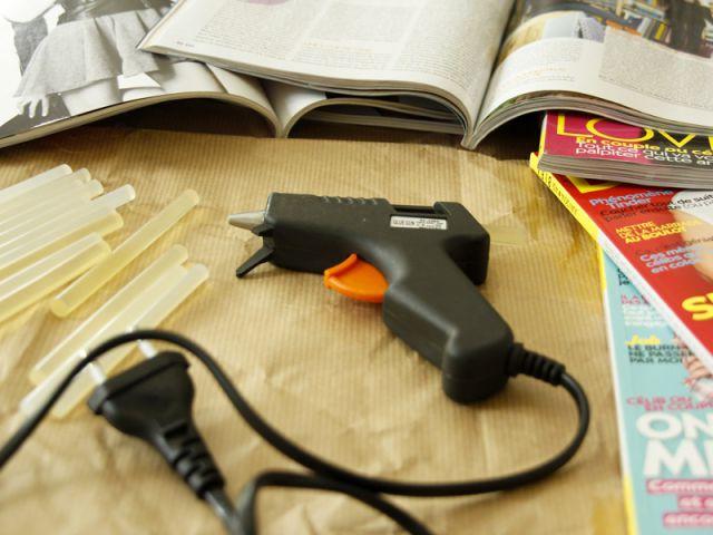 Une table basse en magazines : le matériel - Tutoriel redonner vie à des objets inutiles