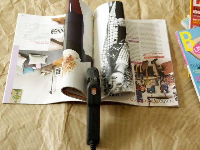 Une table basse en magazines : Collez le magazine - Tutoriel redonner vie à des objets inutiles