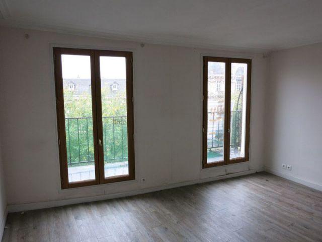 r nover un appartement un duplex vieillot remis au go t du jour. Black Bedroom Furniture Sets. Home Design Ideas