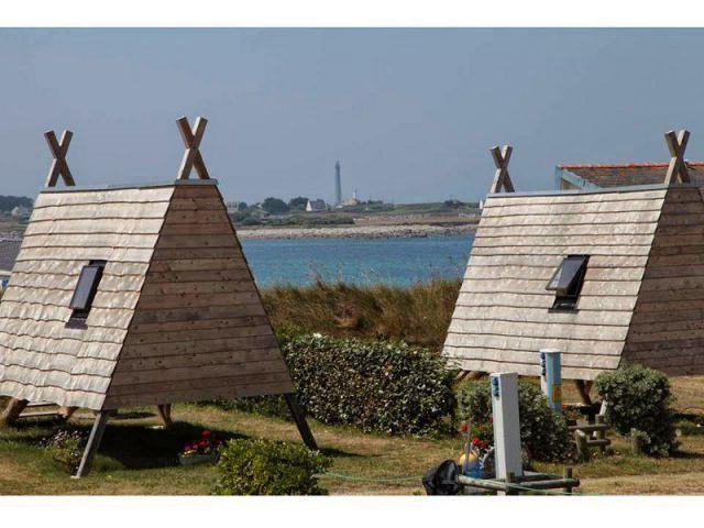 Des cabanes rappelant les vraies valeurs du camping - Cabdienne