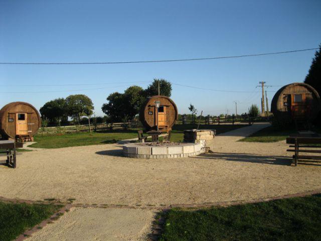 Un lieu convivial - Village tonneaux