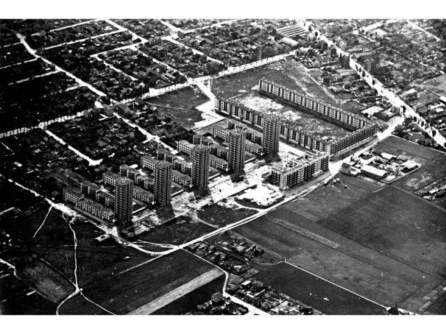La cité de la Muette à Drancy (1931-1934, Eugène Beaudoin, Marcel Lods et Vladimir Bodiansky arch.), n.d.