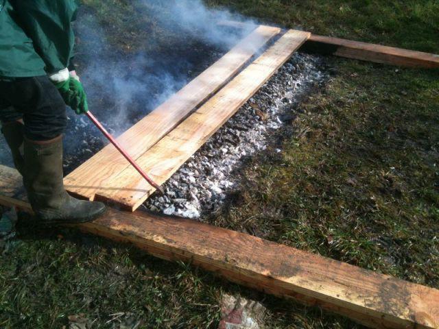 une extension en bois br l dans un secteur prot g du morbihan. Black Bedroom Furniture Sets. Home Design Ideas