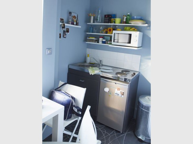Kitchenette Silver