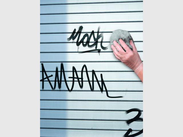 Entretenir ses surfaces extérieures : éliminer les traces de graffiti  - Les nouveaux produits d'entretien de la maison