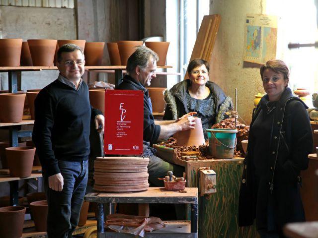 La famille Camillo dans ses ateliers