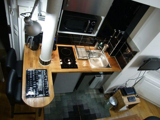 Le gris et le noir pour une décoration sobre - Loge de gardiens en studio moderne