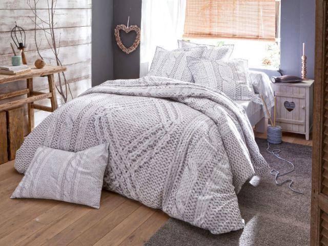 Parure de lit tricot