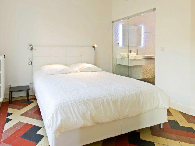 Une chambre conçue comme une suite - Rénovation d'un apprtement des années 1940 à Montpellier