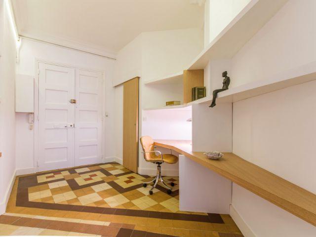 Un coin bureau aménagé sur mesure - Rénovation d'un apprtement des années 1940 à Montpellier