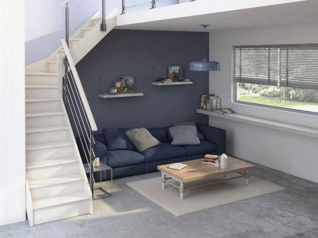 Un salon sous l'escalier