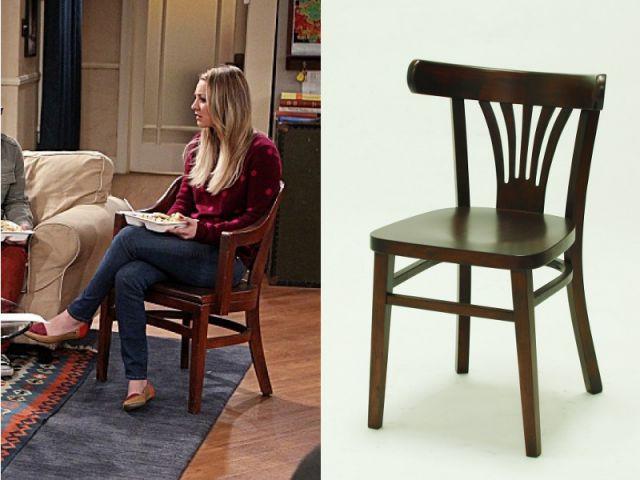Une chaise en bois dans un esprit colonial - Déco The Big Bang Theory