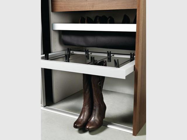 douze solutions astucieuses pour ranger ses chaussures. Black Bedroom Furniture Sets. Home Design Ideas