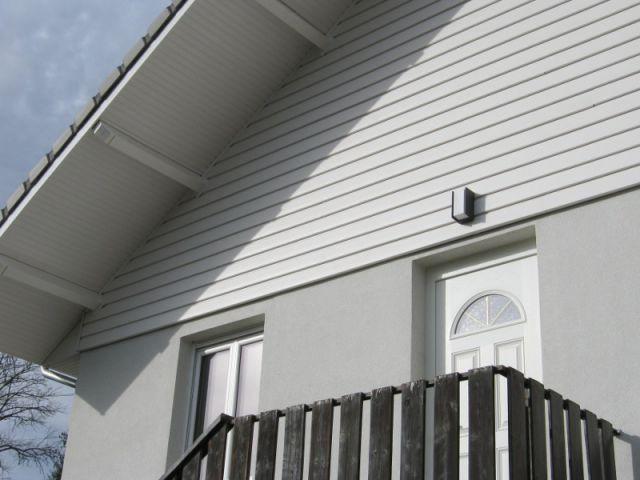 reconstruction lumineuse et authentique d 39 une maison incendi e. Black Bedroom Furniture Sets. Home Design Ideas