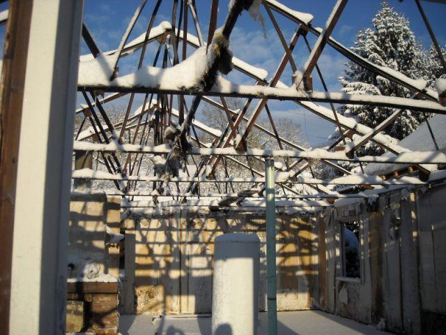 Démolition et reconstruction à partir du plancher - Reconstruction totale d'une maison incendiée