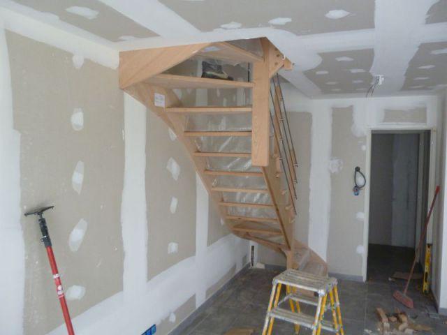 Pose de l'escalier - Maison Bati Tech