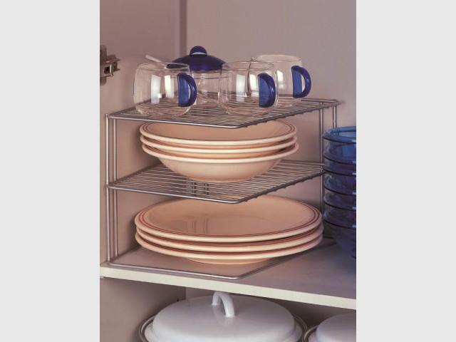 rangement des assiettes Un porte-assiettes pratique et robuste - Dix solutions de rangement pour sa  vaisselle