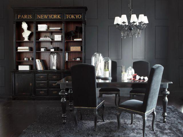 Un look total noir pour une salle à manger - Ambiance baroque et gothique