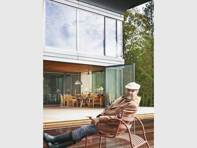 Maison PATH de Philippe Starck : le créateur prend la pose - PATH