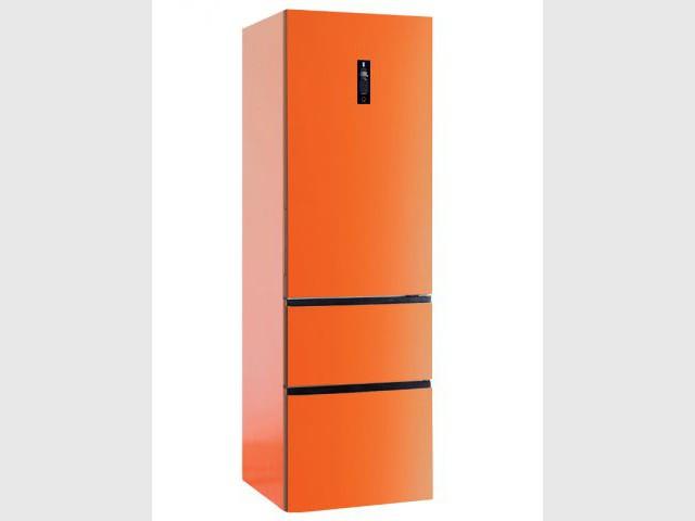 Un réfrigérateur orange et sa zone de température variable - Autour de la couleur orange
