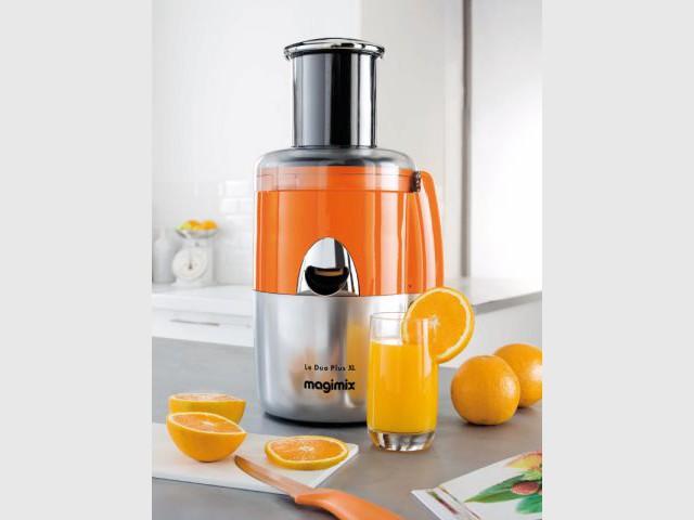 Une centrifugeuse orange pour un réveil vitaminé - Autour de la couleur orange
