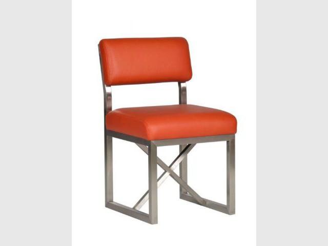 Une chaise orange pour une salle à manger contemporaine - Autour de la couleur orange