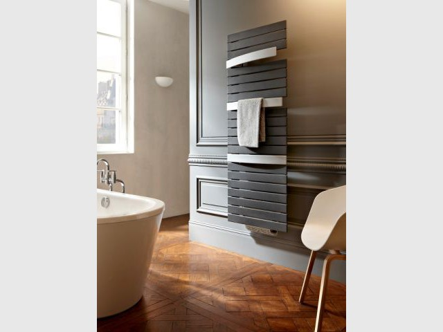 1 s che serviettes pour chaque salle de bains. Black Bedroom Furniture Sets. Home Design Ideas