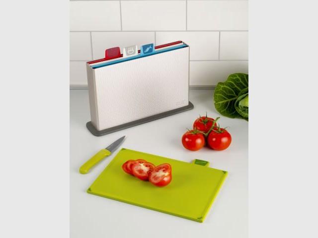 Une planche à découper spécial légumes - Autour de la soupe