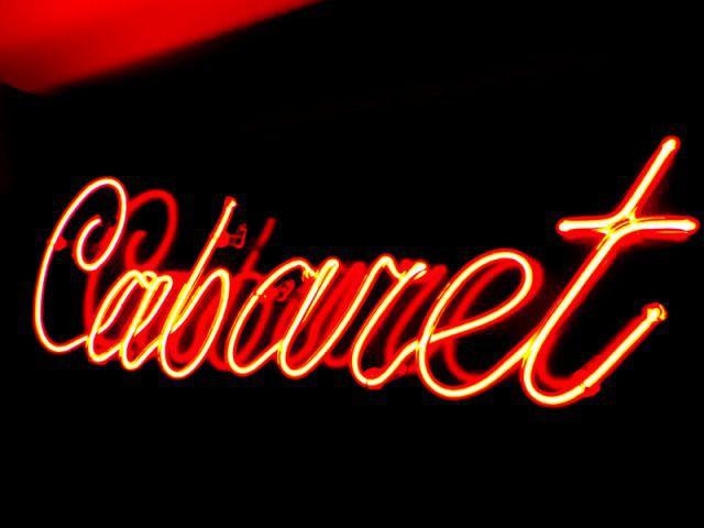 Informations pratiques - Suite Cabaret hôtel Seven Paris
