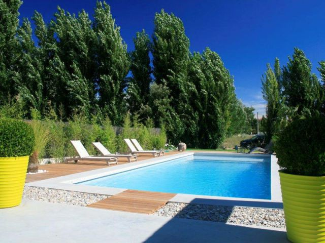 les plus belles piscines de l 39 ann e 1 2. Black Bedroom Furniture Sets. Home Design Ideas