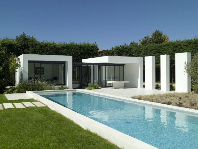 Les plus belles piscines de l 39 ann e 1 2 for Prix couloir de nage desjoyaux