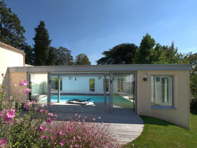 Piscine intérieure parfaitement intégrée - Trophées de la piscine 2014