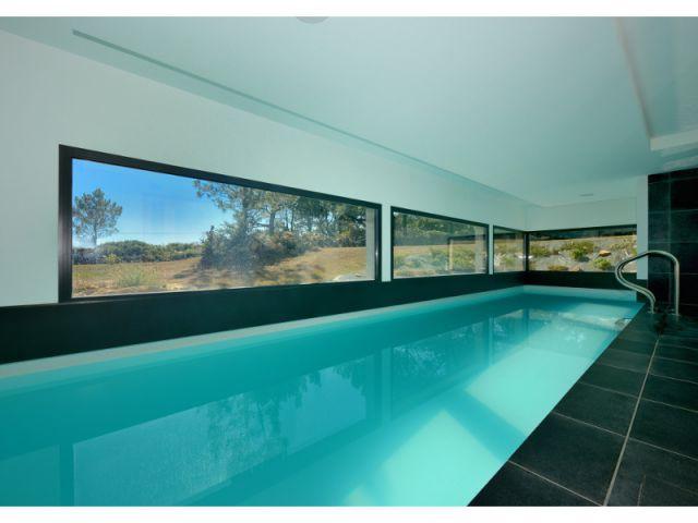 Piscine intérieure avec vue panoramique - Trophées de la piscine 2014