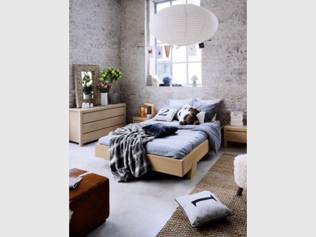 Un tapis naturel en jute : 150 € - Idées pour relooker sa chambre