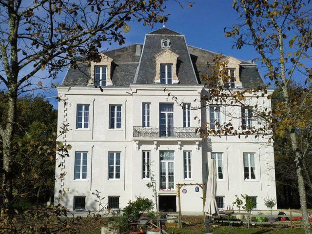 Ravalement de façade d'un château du XIXème