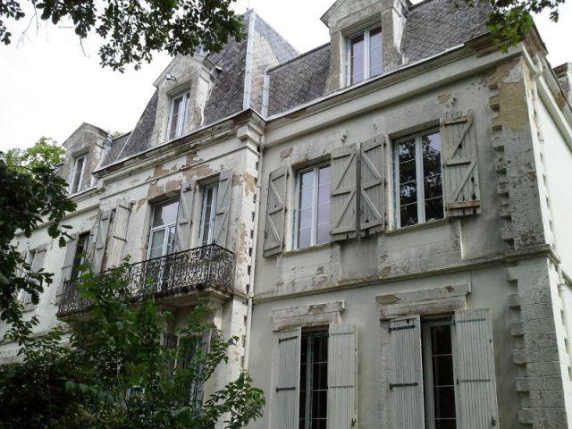 Trente ans d'usure sur la façade - Ravalement de façade d'un château du XIXème