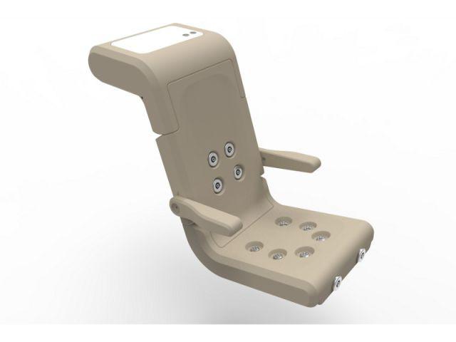 Un fauteuil équipé de jets d'eau  - Les meilleurs innovations pour piscine de l'année