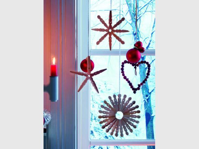 Une étoile de Noël à partir de pince à linge en bois - Déco de Noël à faire soi-même