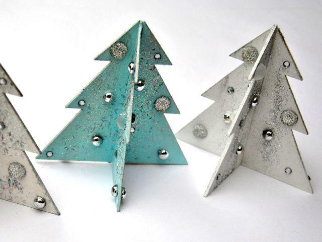 Des sapins de Noël décoratifs à installer sur le manteau de la cheminée - Déco de Noël à faire soi-même