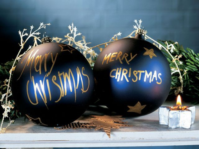 Des boules de Noël personnalisées - Déco de Noël à faire soi-même