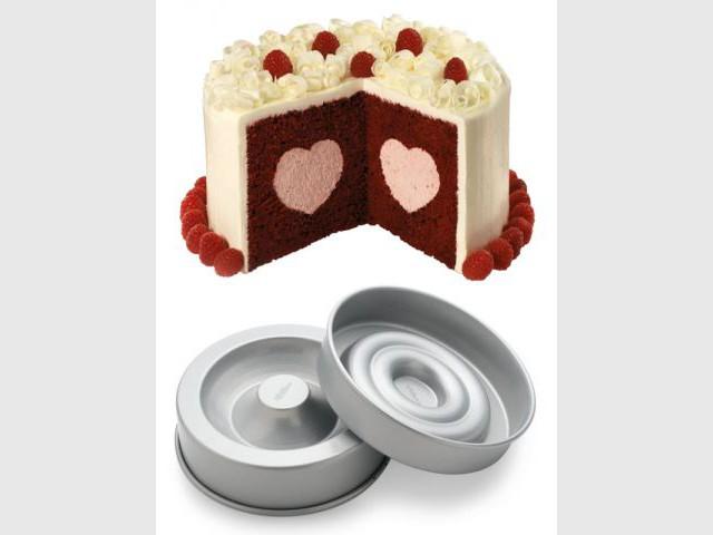 Moule à gâteau avec insert coeur