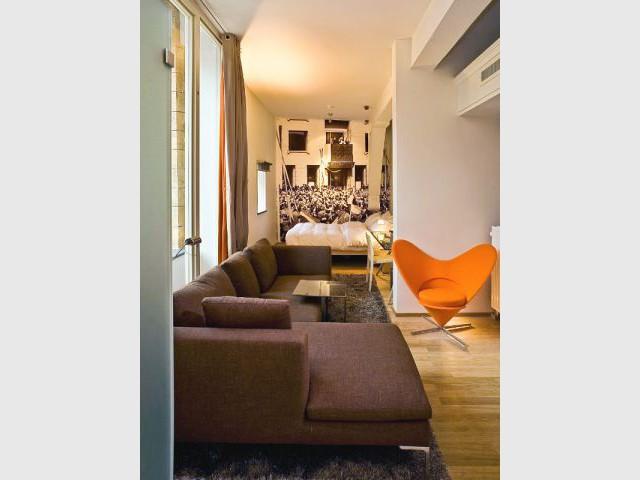 Une suite au mobilier design - Hôtel Kruisheren, Maastricht