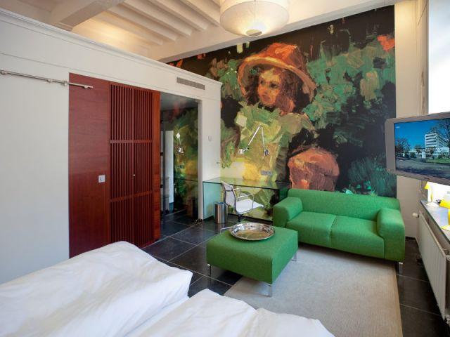 Des chambres à la déco moderne et aux murs gothiques - Hôtel Kruisheren, Maastricht