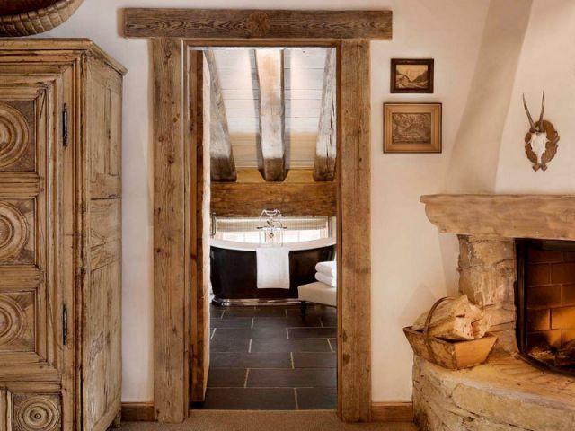 Une salle de bains sous les toits - Chalet Pélerin