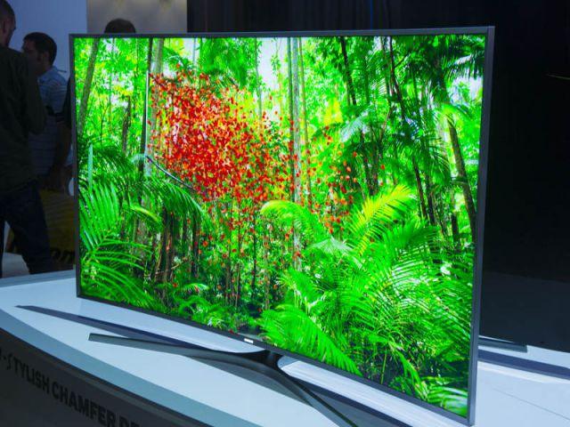 Une télévision encore plus incurvée