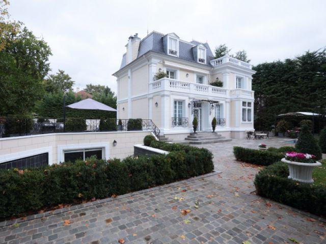 Des extérieurs divisés en quatre zones indépendantes - Une demeure du 19ème siècle retrouve sa fraicheur et son authenticité