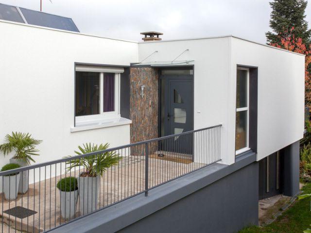 Une entrée entièrement repensée - Isolation thermique et d'un ravalement de façade en 20 jours