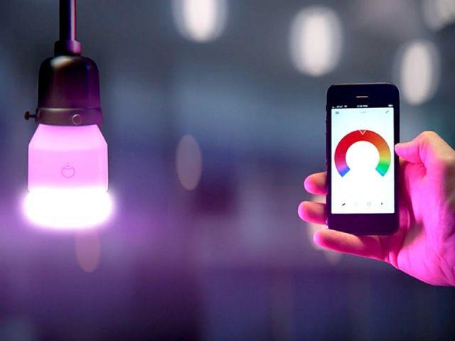 L'ampoule capable d'adapter la lumière à la musique - Ampoule connectée