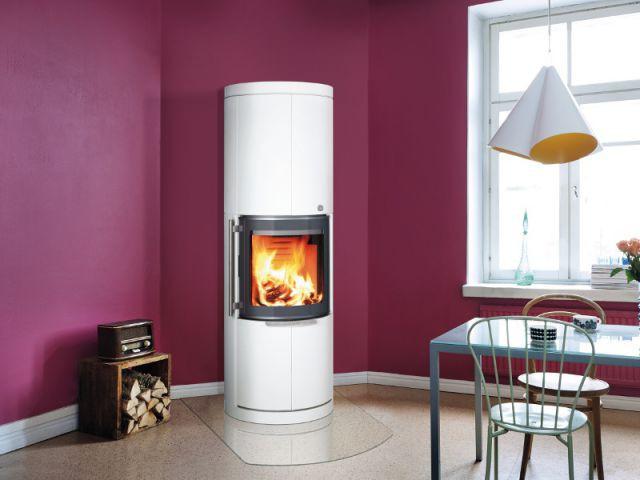 Un cube de rangement qui fait également office de petit mobilier d'appoint - Solutions esthétiques pour ranger son bois de chauffage